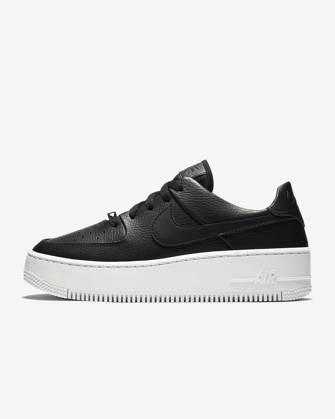 Женские кроссовки Nike Air Force 1 Sage Low