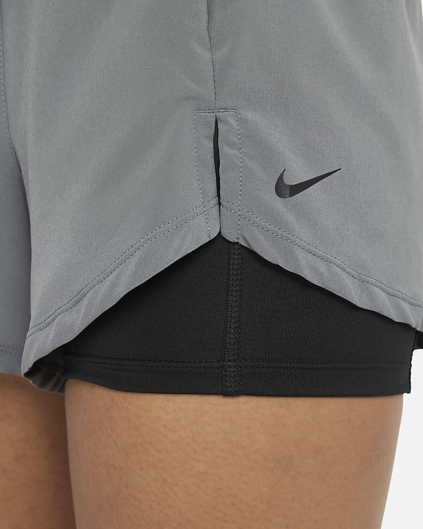 Nike Flex Essential 2-in-1 Women\'s Training Shorts Smoke Grey/Black/Black