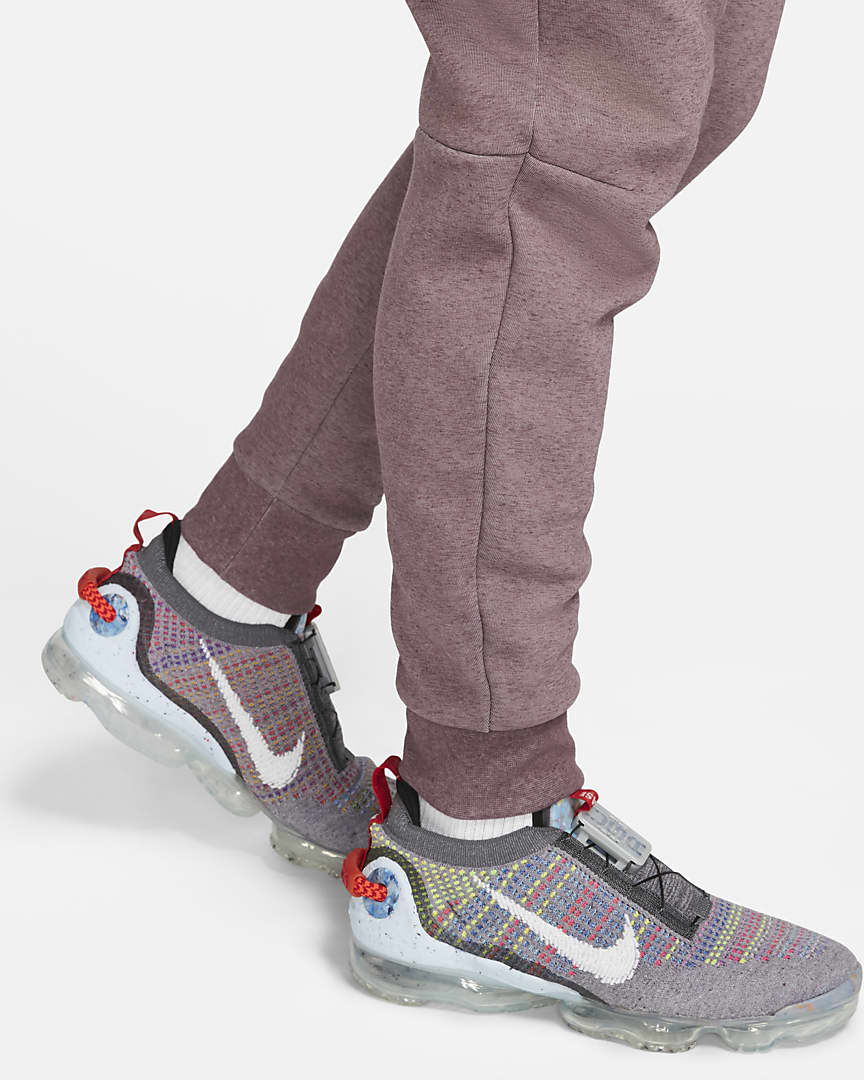 Nike Sportswear Tech Fleece Men\'s Joggers Dark Wine/Heather