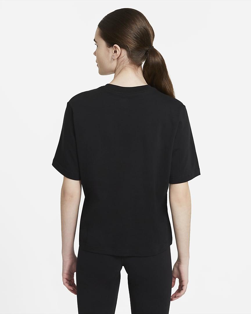Nike Sportswear Essential Women\'s Boxy T-Shirt Black/White