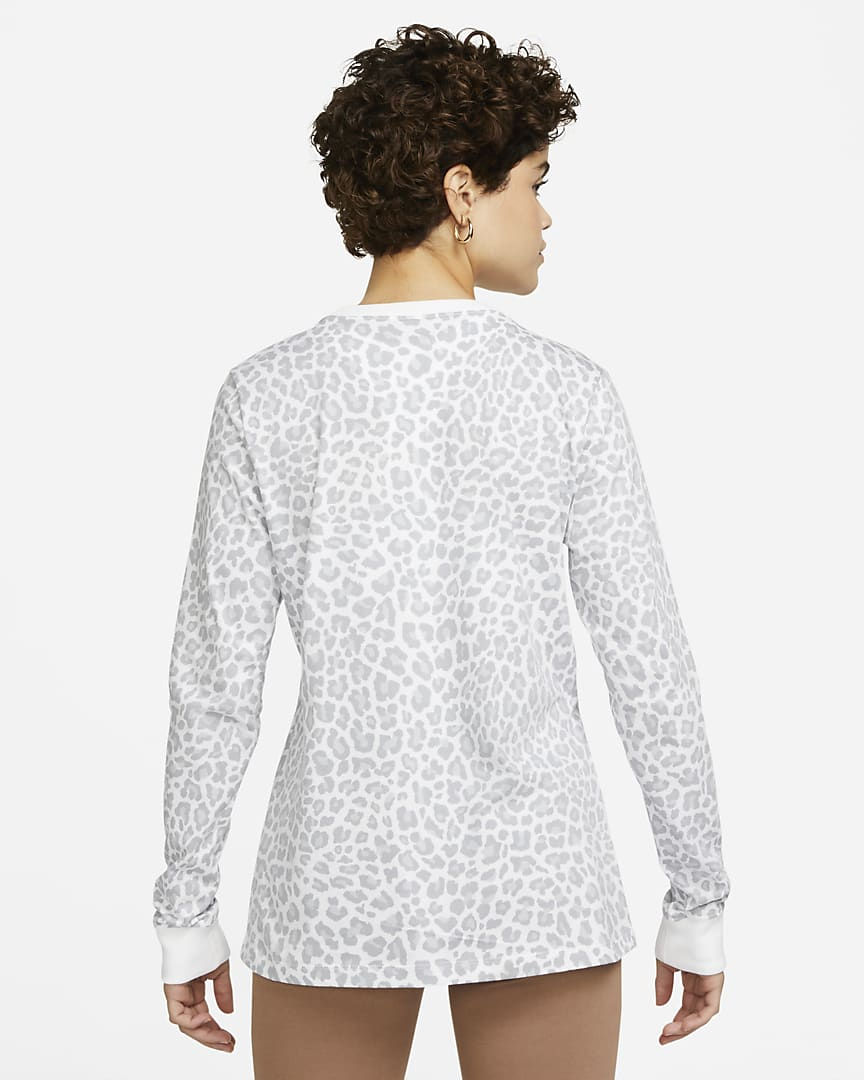 Nike Sportswear Women\'s Long-Sleeve T-Shirt White