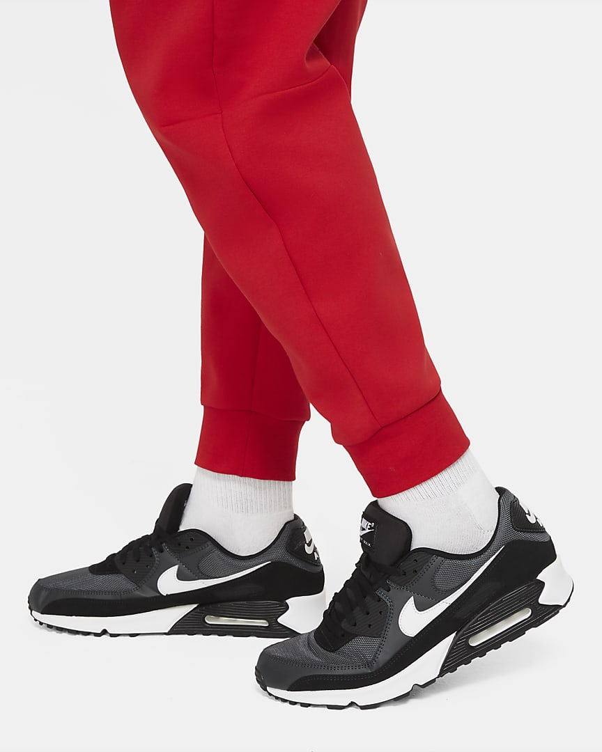 Nike Sportswear Tech Fleece Men\'s Joggers University Red/Black