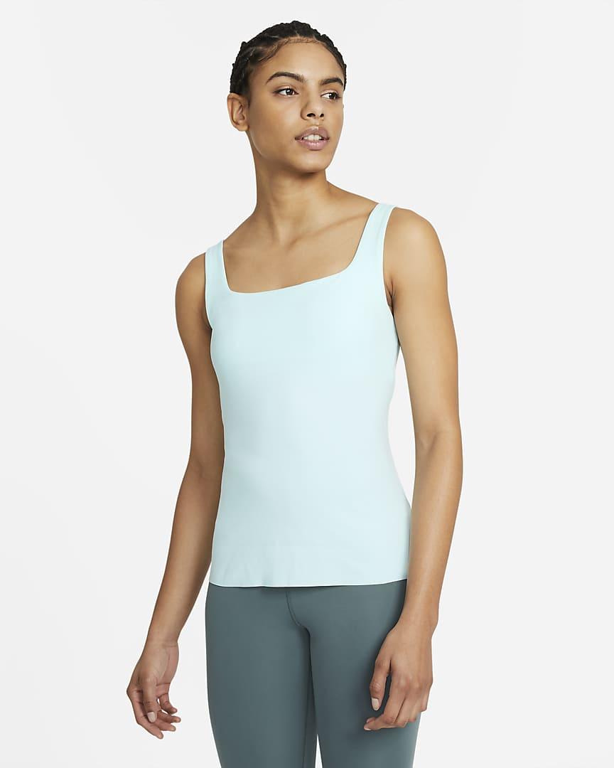 Nike Yoga Luxe Women\'s Shelf-Bra Tank Teal Tint/Barely Green