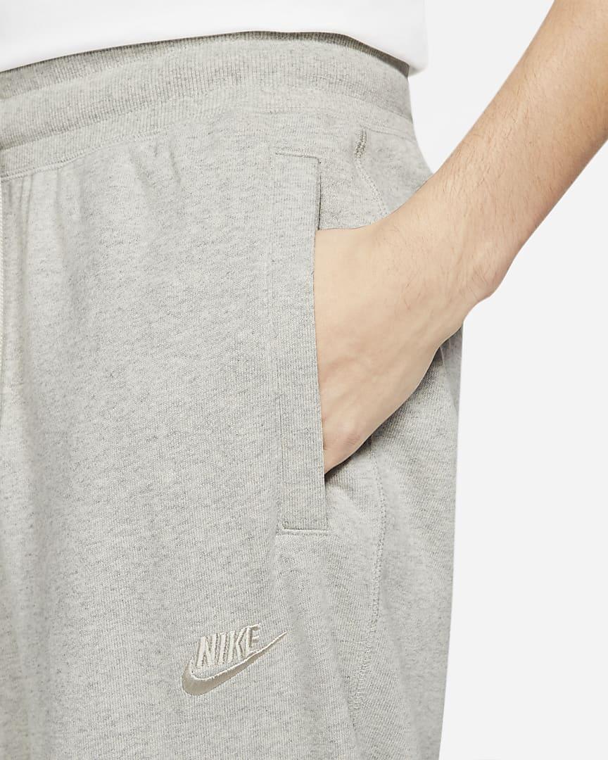 Nike Sportswear Men\'s Classic Fleece Pants Grey Heather/Light Bone