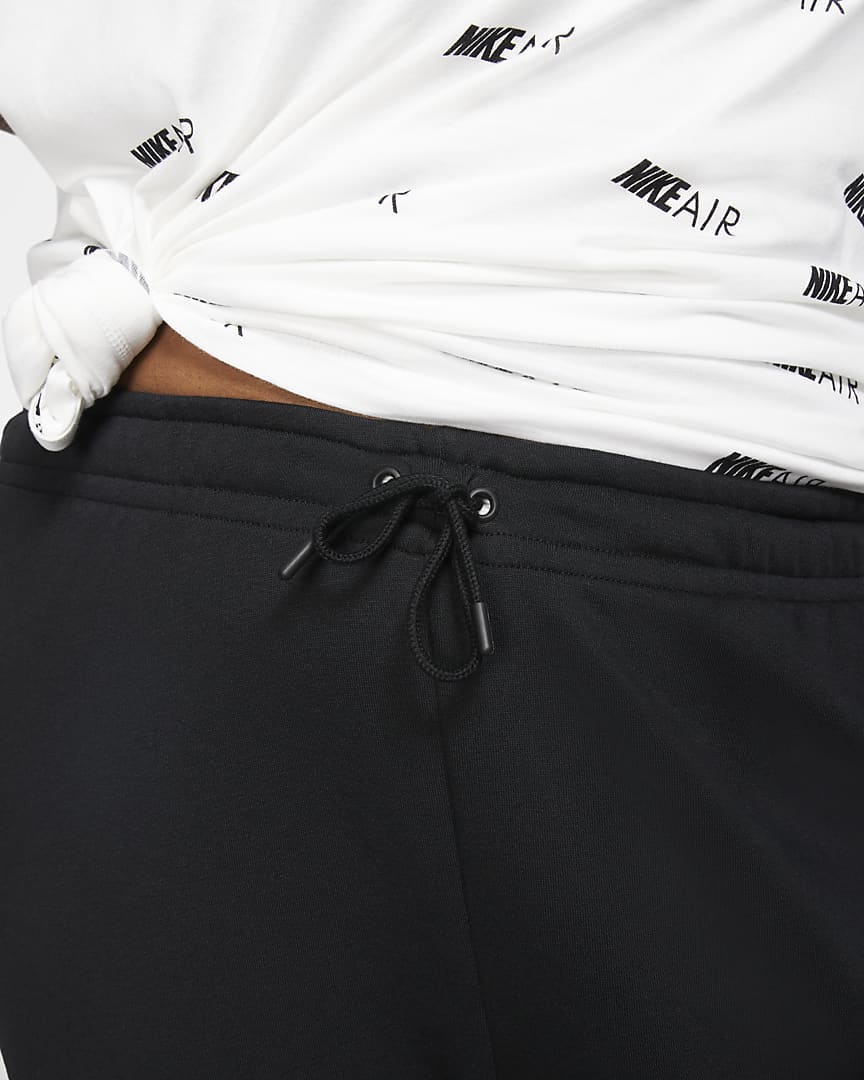 Nike Sportswear Essential Women\'s Fleece Pants (Plus Size) Black/White