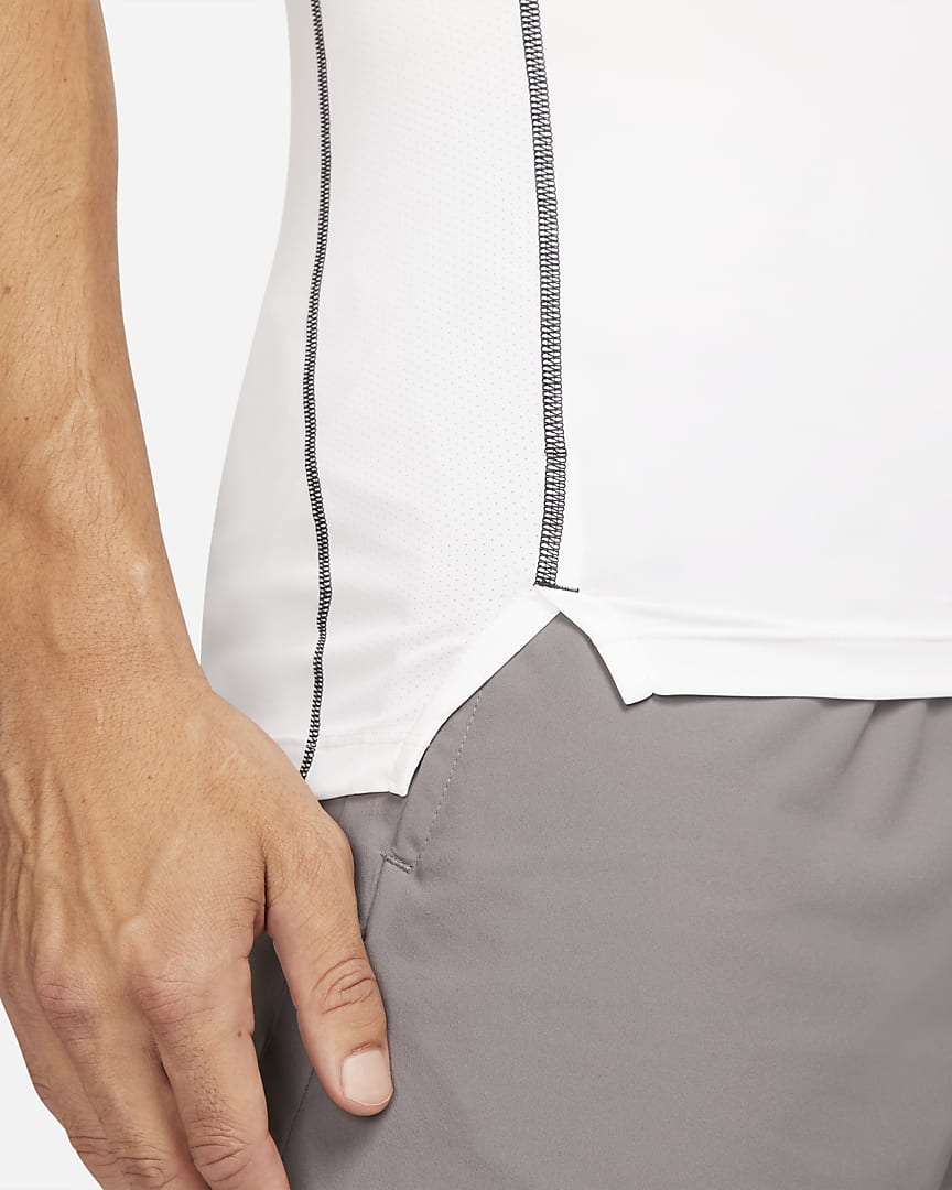 Nike Pro Dri-FIT Men\'s Tight Fit Short-Sleeve Top White/Black/Black