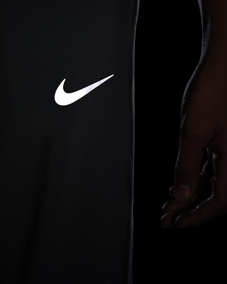 Nike Dri-FIT Big Kids\' (Boys\') Woven Training Pants Smoke Grey