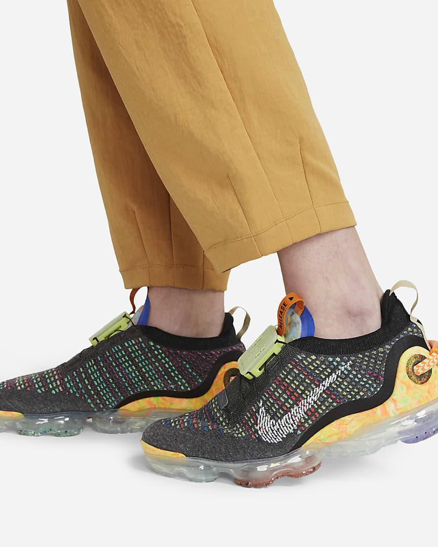 Nike Sportswear Tech Pack Women\'s Woven Pants Bucktan/Black