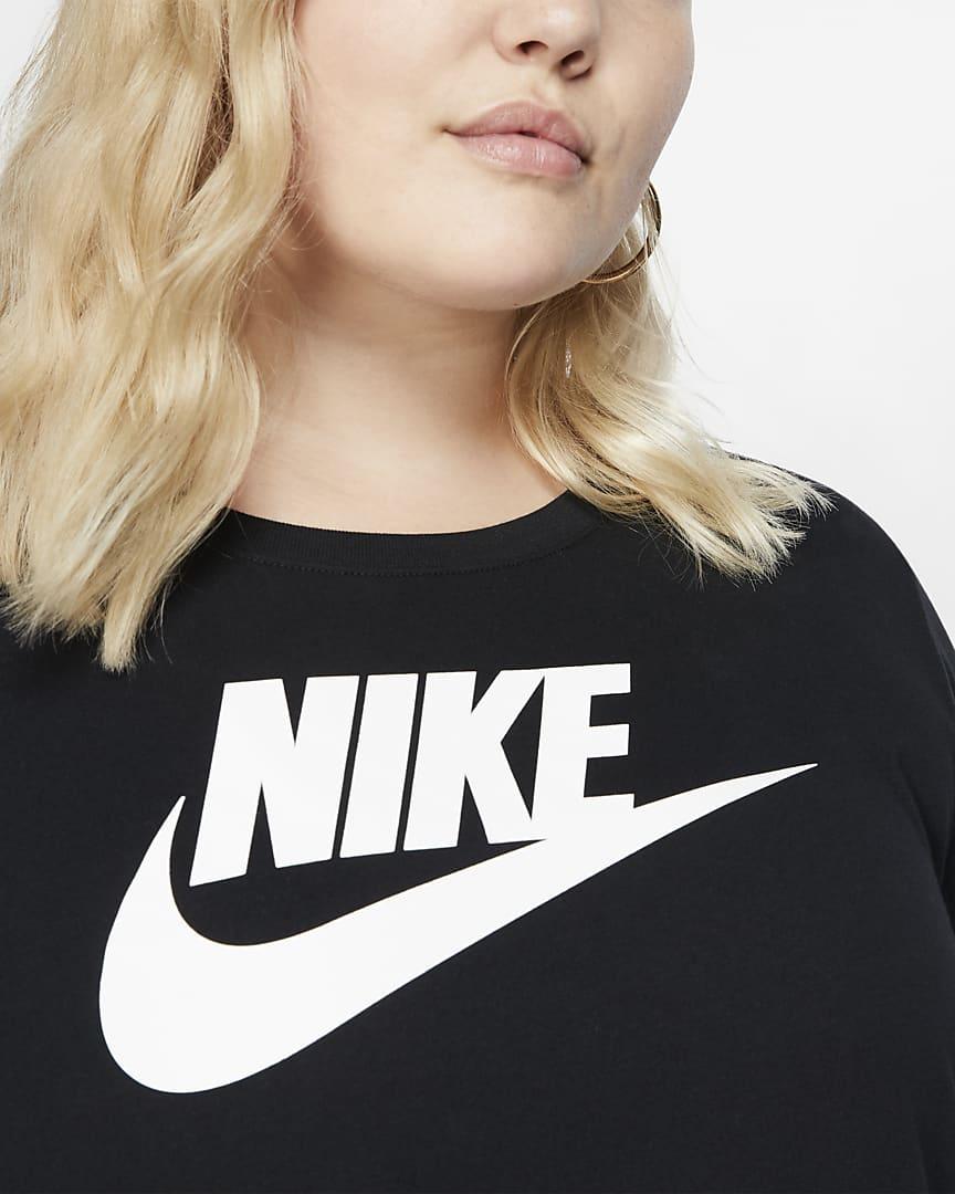 Nike Sportswear Essential Women\'s T-Shirt (Plus Size) Black/White