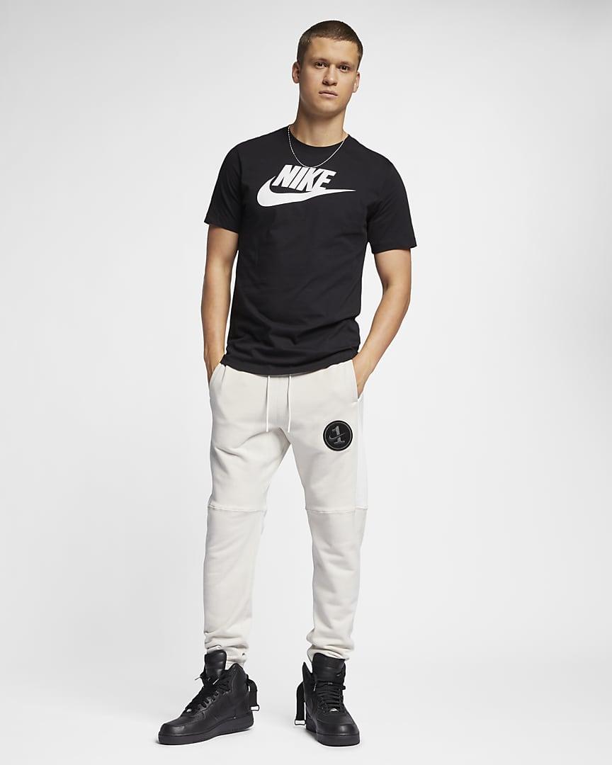 Nike Sportswear Men\'s T-Shirt Black/White