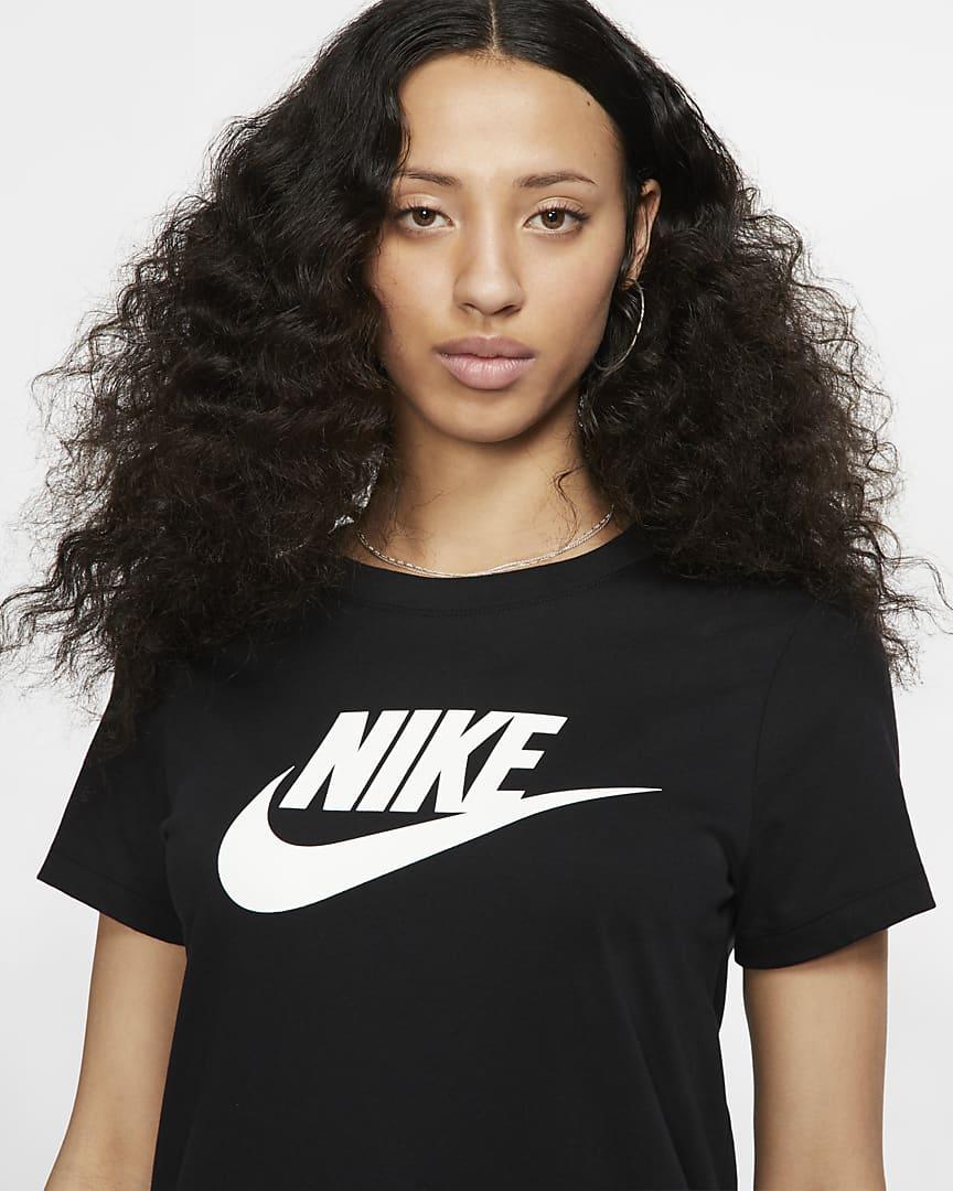 Nike Sportswear Essential T-Shirt Black/White