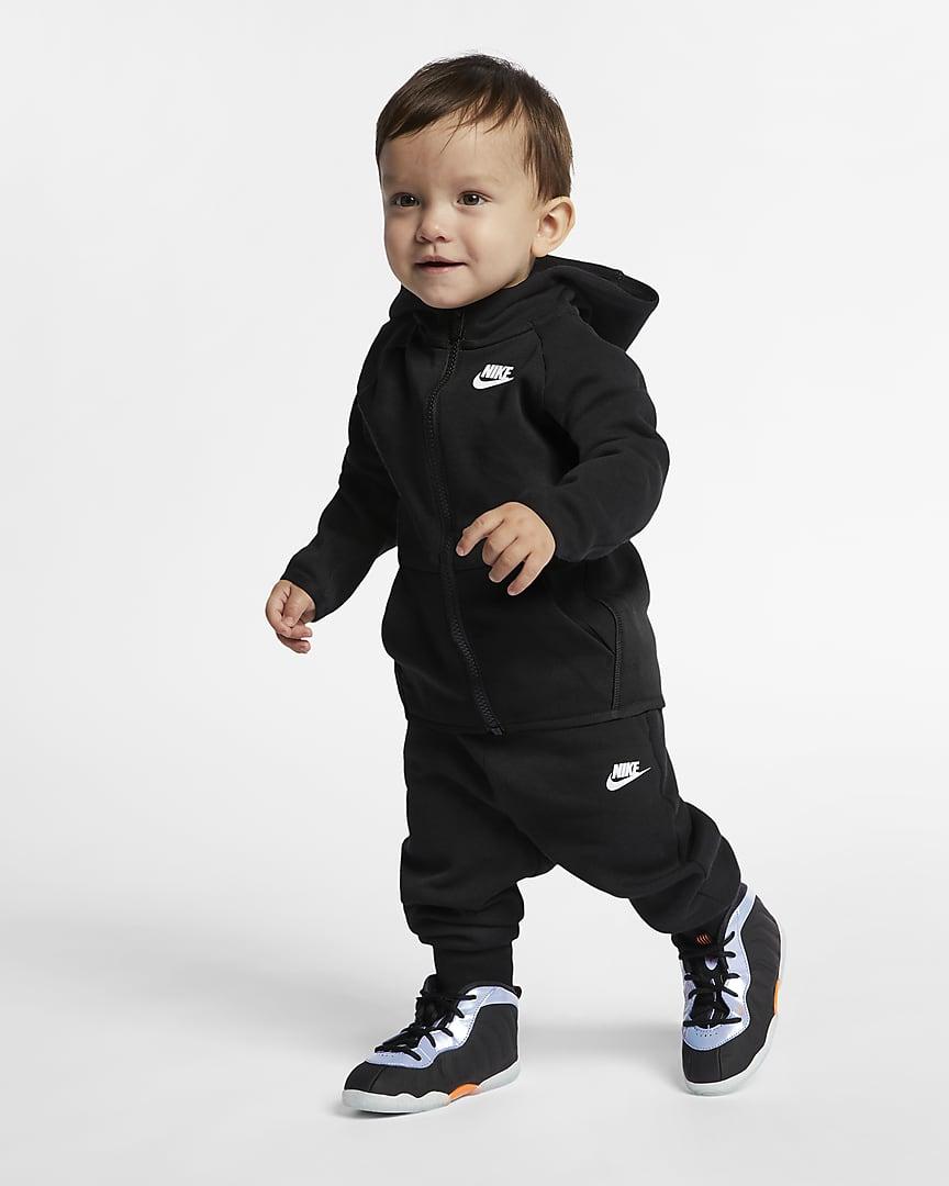 Nike Sportswear Tech Fleece Baby (12-24M) Zip Hoodie and Pants Set Black