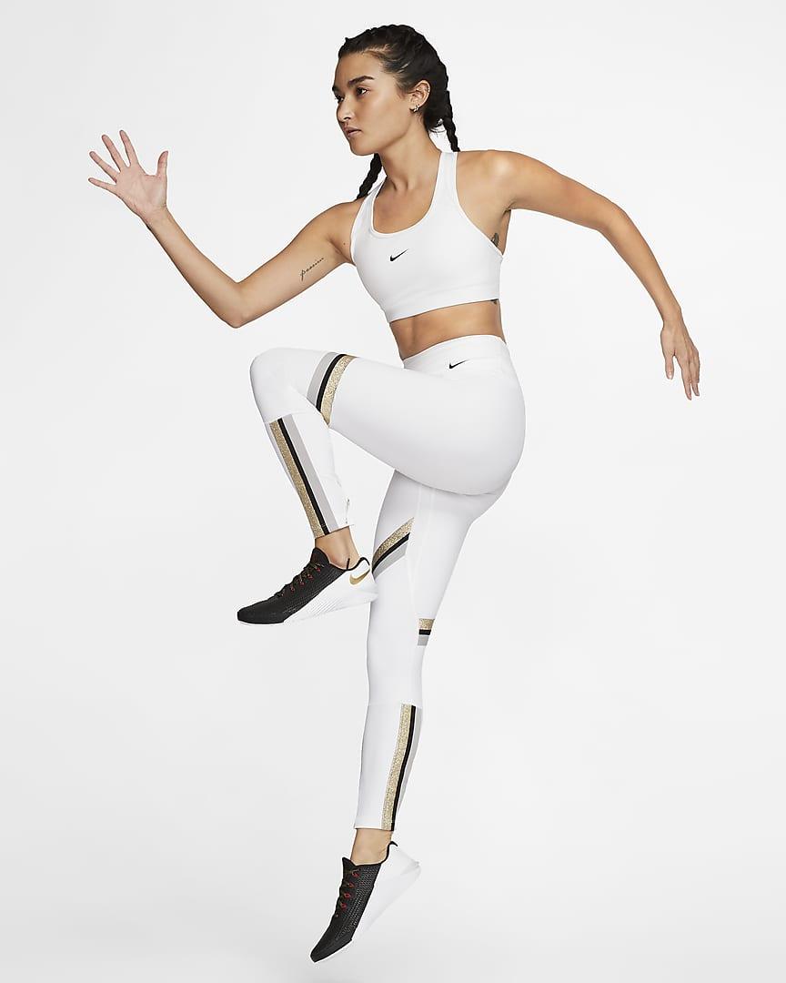 Nike Dri-FIT Swoosh Women\'s Medium-Support 1-Piece Pad Sports Bra White/Black