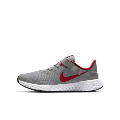 Nike Revolution 5 FlyEase Older Kids' Running Shoe