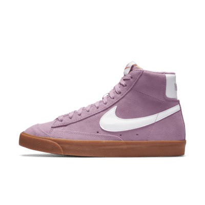 Nike Blazer Mid '77 Women's Shoe. Nike LU