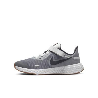 Nike Revolution 5 FlyEase-løbesko (brede) til store børn