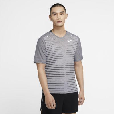 Nike TechKnit Future Fast Erkek Koşu Üstü