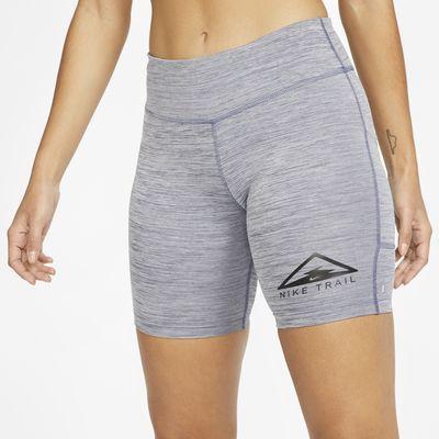 Terränglöparshorts 18 cm Nike Fast för kvinnor