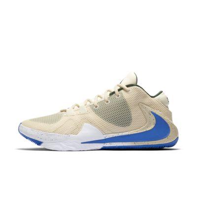 Zoom Freak 1 Basketball Shoe. Nike IN