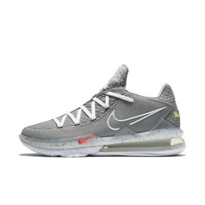 LeBron 17 Low Basketball Shoe