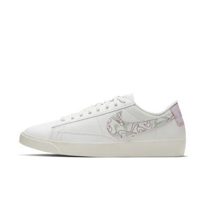 Nike Blazer Low SE 女子运动鞋