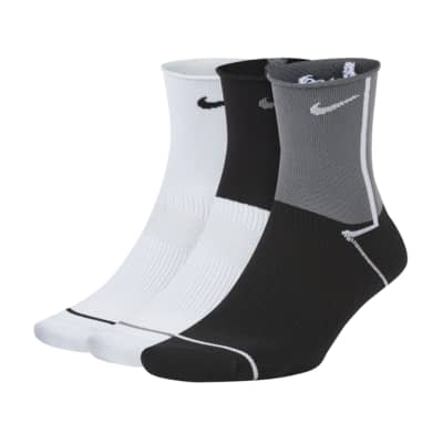 Nike Everyday Plus Lightweight Women's Training Ankle Socks (3 Pairs)