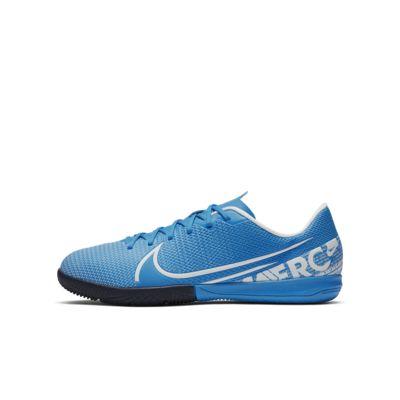 Calzado de fútbol para cancha cubierta para niños pequeños / talla grande Nike Jr. Mercurial Vapor 13 Academy IC