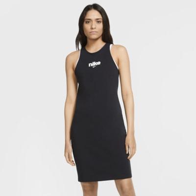 เดรสผู้หญิงทรงเสื้อกล้าม Nike Sportswear
