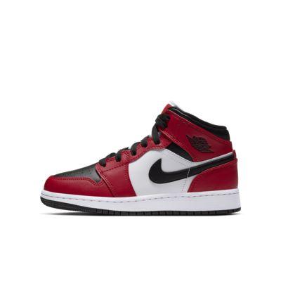 Air Jordan 1 Mid Big Kids' Shoe. Nike JP
