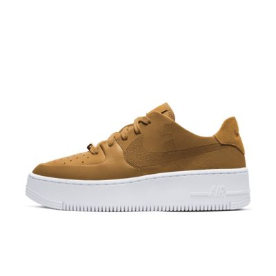 Chaussure Nike Air Force 1 Sage Low LX pour Femme. Nike FR