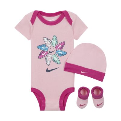 Nike Baby (0-12M) Bodysuit, Beanie and Booties Box Set