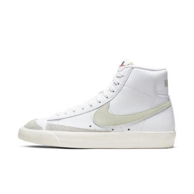 รองเท้าผู้หญิง Nike Blazer Mid '77