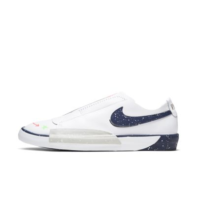 Nike Blazer Slip 女子运动鞋