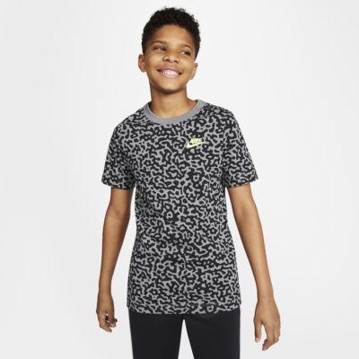 Nike Sportswear Baskılı Genç Çocuk (Erkek) Tişörtü
