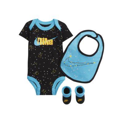 Nike Baby Bodysuit, Bib and Booties Box Set