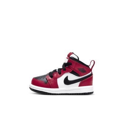 Jordan 1 Mid cipő babáknak