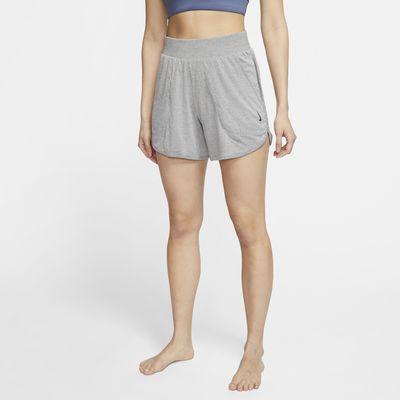 กางเกงขาสั้นผู้หญิงมีจั๊มพ์ Nike Yoga