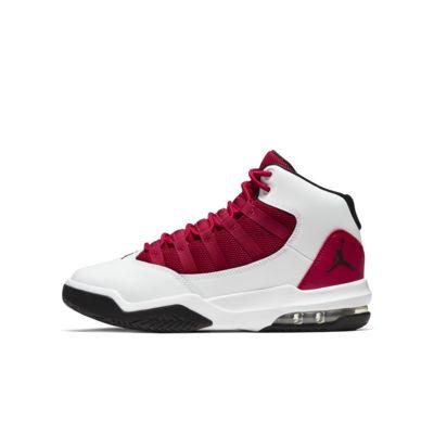 Jordan Max Aura Older Kids' Shoe. Nike GB