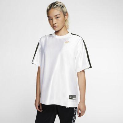 เสื้อแขนสั้นผู้หญิง Nike Sportswear