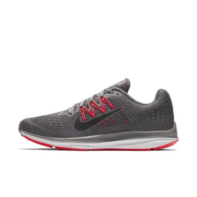 Nike Air Zoom Winflo 5 男款跑鞋
