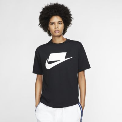Nike Sportswear Women's Short Sleeve Top