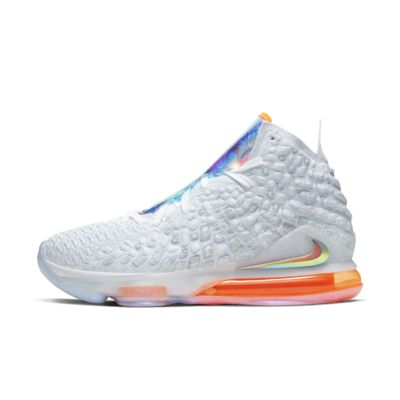 LeBron 17 LMTD Basketball Shoe