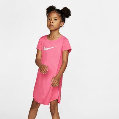 Vestido de manga corta para niños talla pequeña Nike Sport Essentials