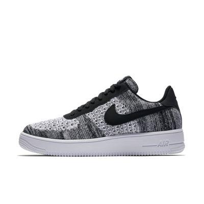 Shop den Nike Air Force 1 Flyknit 2.0 Herren in Black | JD