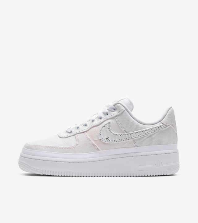 nike air force 1 che si strappano