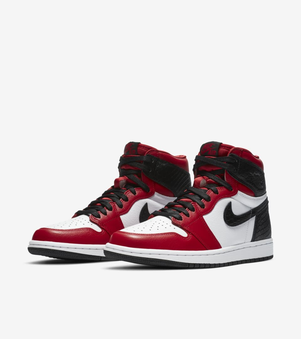 Air Jordan 1 High Original «Satin Red» til dame. Nike SNKRS NO