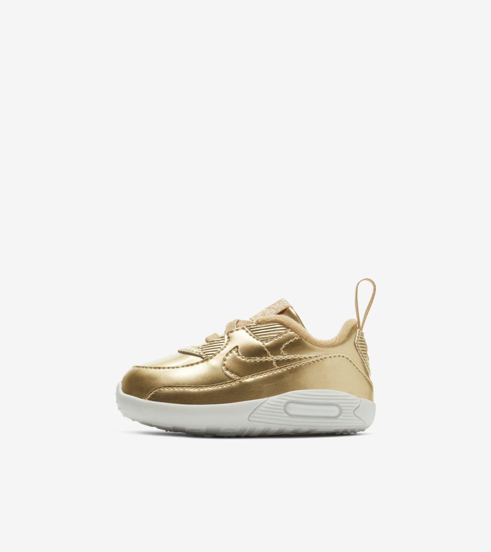 Air Max 90 'Metallic Gold' voor dames — releasedatum. Nike