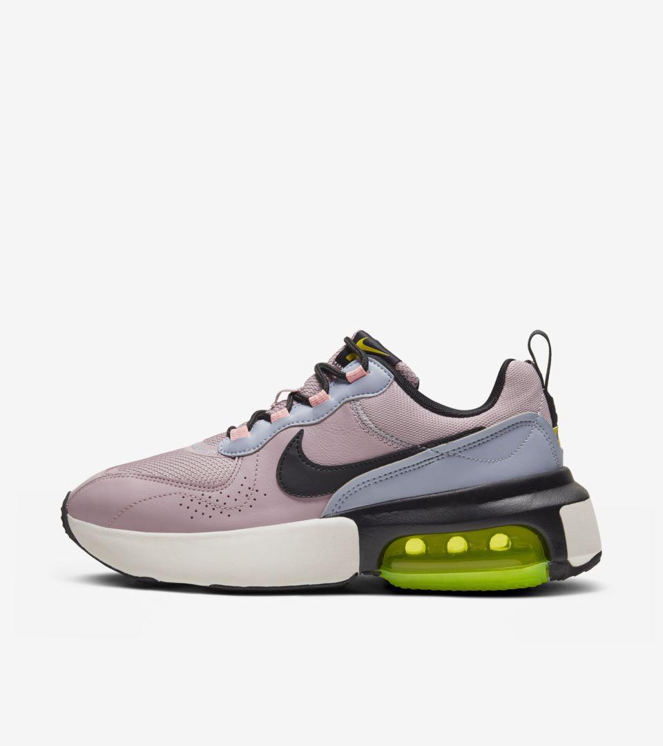 Women's Air Max Verona 'Plum Chalk' Release Date. Nike SNKRS ID