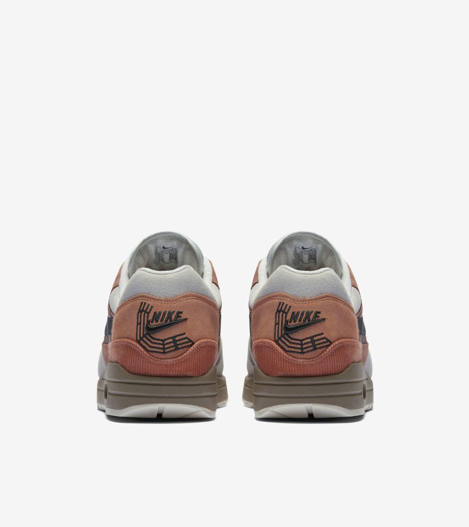 violación juez exposición  Air Max 1 'Amsterdam' Release Date. Nike SNEAKRS CA