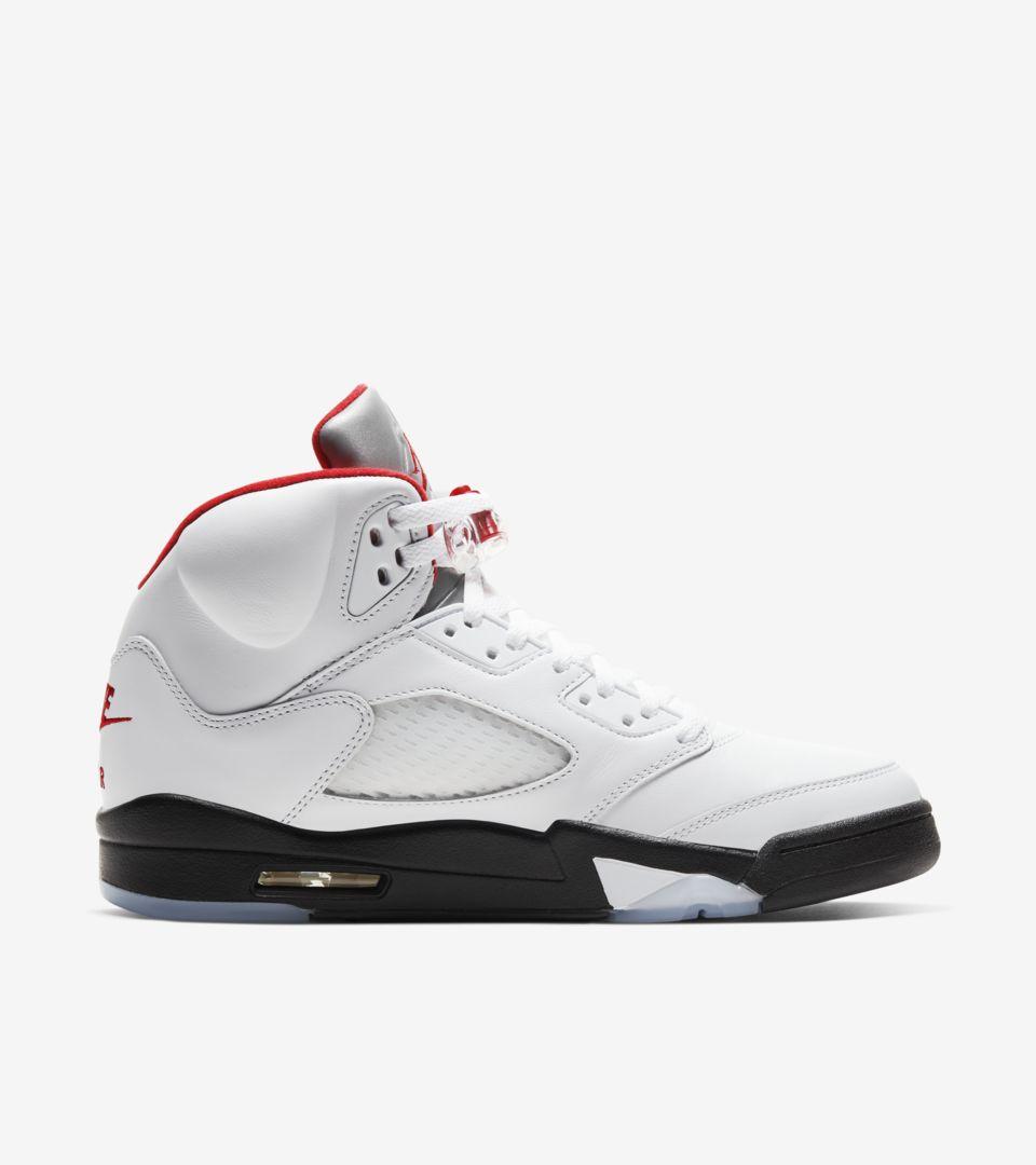Date de sortie de la Air Jordan 5 « Fire Red ». Nike SNKRS FR